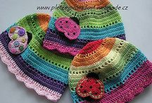 Crochet & knitted: hats & co. / hat, beanie, glowes