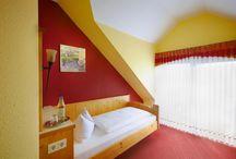 Hotelzimmer / Ein paar Impressionen der Hotelzimmer des Landhotel & Waldgasthof Lembergblick in Feilbingert.