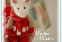 WINTER Mice at the TEAROOM / A Mary Jane's TEAROOM knitting pattern