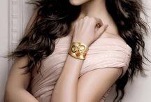 Deepika Padukon / Deepika...the bollywood beauty...just love her