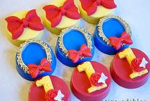Snow White Inspired Party