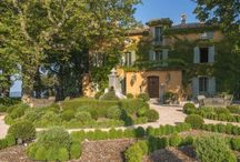 Provence: Stay / Fabulous places to stay in Provence including hotels, guest houses, B&Bs and villa rentals #StayProvence #TravelProvence #PerfectlyProvence