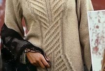 rozowy sweter