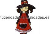 Dollys / Preciosas muñequitas pintadas a mano de la firma Dayka Trade.