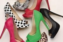 daz SHUZ / Shoe luv / by Arlene Randolph