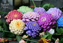 fleurs en pommes de pin