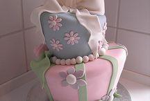 topsy-turvy cakes