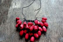 COCOON NECKLACE YM