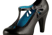 R - shoes