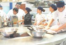 Clase de gastronomía ESR / Clase de gastronomía con servicio de interprete para personas con problemas auditivos.