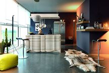 Cucine Marchetti Maison BORDOLESE LATTE / La collezione dei modelli Bordolese Londra disponibili in vari colori nascono in simbiosi con il mondo d'oggi pur rimanendo sensibili alle forme ed al contenuto estetico dal retrogusto retrò.