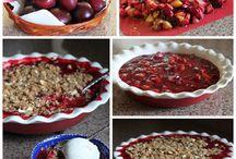 Dessert Recipes / Plum And Rhubarb Crumble