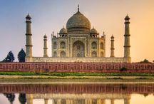 Viaje de Novios a India Romántica / Un viaje de novios a India es una experiencia inolvidable de la que no os arrepentiréis. La espiritualidad latente en cada uno de sus rincones, el colorido de los saris, los olores especiados, la majestuosidad del Taj Mahal, los vestigios de la exhuberante riqueza de los marajás… India es un lugar completamente único y lleno de contrastes. Más info: http://bit.ly/1xlTnMB
