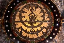 Intergalactic clockwork / Steampunk combined with astrologie and the Maya's.