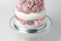 Pink themed cakes