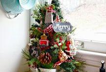 Small Christmas Trees / Mini Karácsonyfák