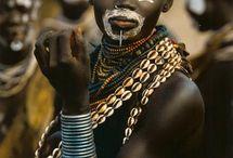 Afrika Adorned / by Mandi Chimutengwende