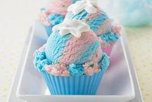 Cupcakes  / by Mirna Mercedes Autrey