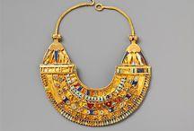 Items of Jewellery