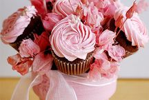 Cupcake bouquet, sweet tower
