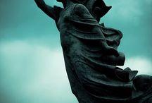 Estátuas & monumentos