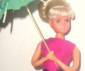 Vestidos y complementos muñecas