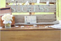 diy pallet wedding ideas / Great ideas for signs using pallets