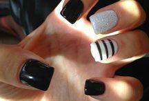 :3 nails
