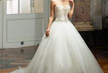 Bridal gowns from Diane Legrand / Elegant and luxurious high quality gowns