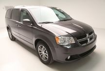 Dodge Grand Caravan / These Grand Caravans are the perfect family vehicle, with more than enough room for the whole team!
