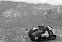 viajes / Un lugar tan lejano, árido; que si se quiere desaparecer  es el lugar ideal,  solo con una maleta.