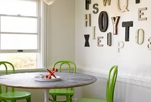 Decorating With Vintage Sign Letters & Numbers / decorating with vintage sign letters and numbers