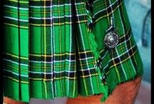 Irish National Tartan Kilt / This Irish National Tartan Kilt is made of 8 yards, 16oz heavy weight Poly-Viscose with  fringe on the apron and deep pleats . Each and every pleat at the back is individually sewn to ensure that they stay sharp. The Kilt has three leather straps offers flexiblitly to best fit on you.