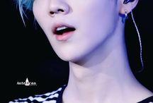 Luhan | EXO