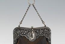 Starožitné kabelky - koža