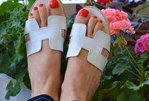 Greek Sandals / Welcome to our world of chic and stylish handmade Greek sandals! Handmade in Athens, Greece by the best quality Greek leather, using traditional techniques and the finest craftsmanship. We take pride in our quality and offer sandals that are comfortable, soft and with proper care, will last a life time. We offer a large collection of Greek leather sandals and bags, in many beautiful colors. The traditional natural tan leather ages beautifully with time and wear.
