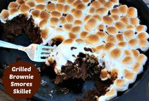 Desserts on the grill / by Stephanie Herrera