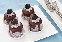 Mini cakes / by Cristina Tubelli