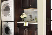 Laundry Rooms / Phillip Jennings Custom Homes