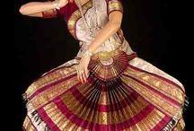 Bharathanaatyam costumes
