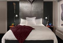 HOTELROOM / Hotel room interior