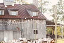 Cowboy Boots and Barn Weddings.  / Country Fun <3