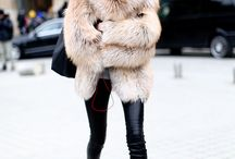 Winter Fashion / Winter, WS16, Fur, Warm, Jacket, Boots, Sweater, Layering, Oversized, Trends, Outfits, Looks, Fashion Weeks, Fake Fur Jacket, Colorful, Street Style www.sugarwithspice.org