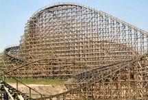 Estructuras de madera. Montañas rusas