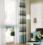 Gardinendekorationen / Beispiele von Gardinendekorationen in verschiedenen Farben und Mustern