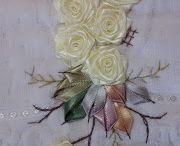 flores com fita