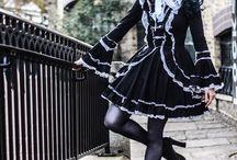 lolita poses/shoots