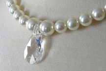 Crystal Necklace / Beautiful and stunning Swarovski pearl and Swarovski crystal necklace.