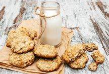 Honey and coconut cookies, fairly low sugar / by Coffee Lady