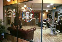 Barber Shop LM 151 / Peluquería y barbería